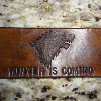 Game of Thrones House Stark Wolf Sigil and Motto Leather Cuff Bracelet / Bracer, Handmade