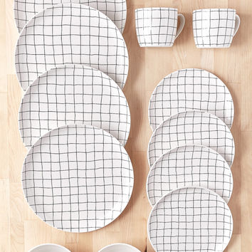 16-Piece Wonky Grid Dinnerware Set | Urban Outfitters