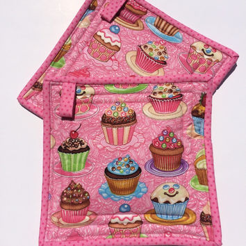 Cupcake Pot Holders Quilted Hot Pads Trivets Pink Green Food Fabric