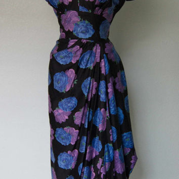 1950s Dorothy OHara Bombshell Cotton Faux Sarong Dress with Pleating Detail - Medium - Black Floral - Lots of Swag
