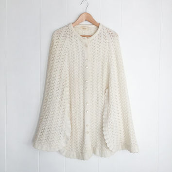Vintage Poncho, Knit Poncho. Boho Poncho. Sweater Cape. Fall Poncho. Sweater Shawl. Draped Cardigan, Boho Shawl. Winter Cloak. Ivory, Cream.