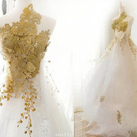 Melody Handmade Chiffon Flowers Romantic Gold embroidery Wedding Dress