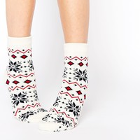 ASOS Christmas Fairisle Hot Water Bottle And Cosy Socks Set
