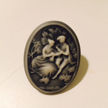 Victorian Ring, Statement Jewelry, Cameo Ring, Gifts for Girls, Costume Jewelry, Valentine's Day Gift, Lovers Ring, Valentine's Day Jewelry