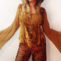 Vintage 1970's Gold Dust Crushed Velvet Bell Sleeved Stevie Nicks Gypsy Blouse || Angel Sleeve Bohemian Velvet Sheer Top || Size Medium