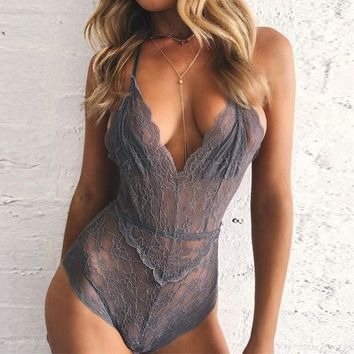 2017 Summer Rompers Sleeveless Slim Bodysuits Womens Jumpsuit Halter Sexy Backless Lace Crochet Floral Overalls Size S M L