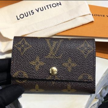 LV Louis Vuitton fashion tide brand leather canvas key bag F