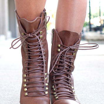 Westward Bound Boot - Tan