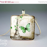 ON SALE: Eiffel tower scrabble tile pendant, jewelry pendants,paris resin pendants- T0481SP