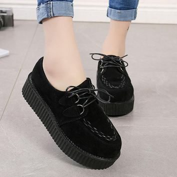 LAKESHI Fashion Creepers Platform Shoes 2018 Creepers Shoes Women Flat Platform Shoes Black Fashion Lace-Up Casual Suede Shoes