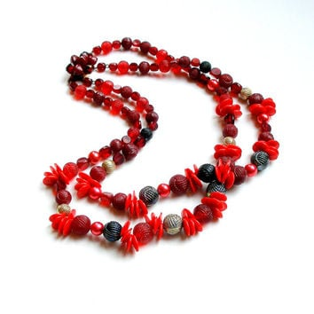 Vintage Multistrand Necklace Plastic Beads 1960s Red Raspberry Pomegranite