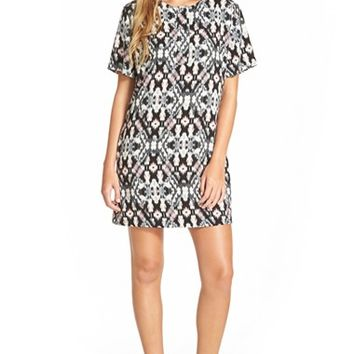 Junior Women's Mimi Chica Ikat Print Shift Dress,