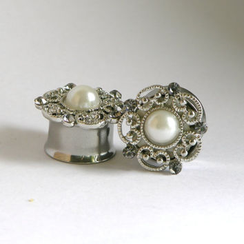 Pearl and Crystal Wedding Flower Plugs 9/16 5/8 3/4 Inch 14mm 16mm 19mm