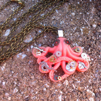 Steampunk Hipster Octopus Pendant Necklace - One of a kind - Clockparts - Watchparts - Watchmovements - Steampunk Jewelry