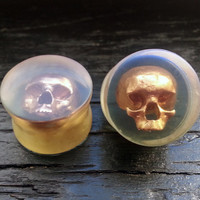 "Skull Plugs Clear Acrylic With Gold Painted Skull - Flared - 3D Printed 0ga to 2"" (8mm 10.4mm 11mm 13mm 14mm 16mm 19mm 22mm 25mm 35mm 50mm)"