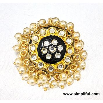 Bold Circle Pearl cluster surrounding adjustable Finger ring