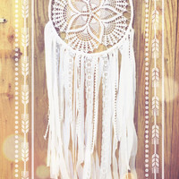 White Lace Crochet Doily Shabby Chic Boho Gypsy Dreamcatcher