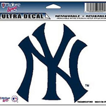 """New York Yankees Removable 5""""x6"""" Car Decal"""