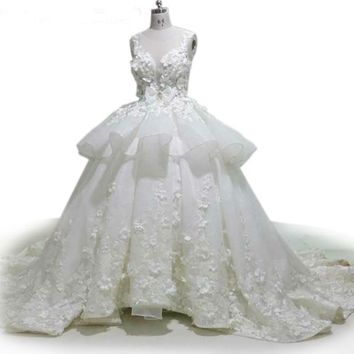 3D Appliques Wedding Dress Cute Bow Bridal Gowns Crystal Beaded Wedding Ball Gown