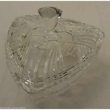 Triangle Candy Dish with Lid 7x7x7in Crystal