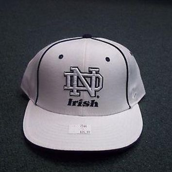 NOTRE DAME FIGHTING IRISH ZEPHYR FITTED HAT