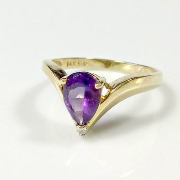 Vintage 14k Gold Amethyst Diamond Ring Size 8.5 Pear Shaped Fully Faceted Lovely Purple Gemstone 8.5 mm x 6 mm with Diamond Accent Resizable