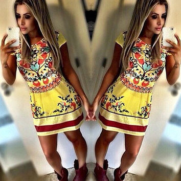 Fashion Multicolor Retro Print Round Neck Short Sleeve Bodycon Mini Dress