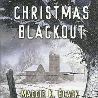 Christmas Blackout Maggie K Black(Love Inspired Large Print Suspense) Paperback