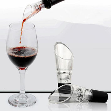 Modern White Red Wine Aerator Pour Spout Bottle Stopper Decanter Pourer Aerating