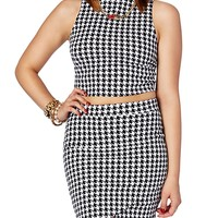 Digital Houndstooth Mock Crop Top | rue21