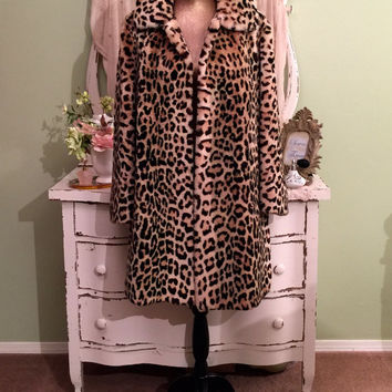 Stunning!  Leopard Faux Fur Coat, Thick Swing Coat, ML/L, Wide Bell Sleeves, Luxurious Faux Fur Coat, Traditional Leopard Print Winter Coat