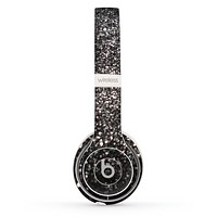 The Black Unfocused Sparkle Skin Set for the Beats by Dre Solo 2 Wireless Headphones