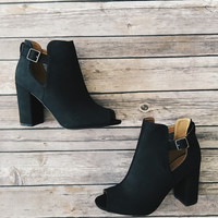 Chester Booties (Black)