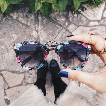 Womens Oversize Fashion Floral Print Round Sunglasses