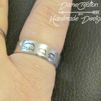 Mom Ring Engraved Gifts for Her, Personalized Ring Mom Gifts, Mothers Ring Band Jewelry, Mama Bear Ring, Silver Animal Ring