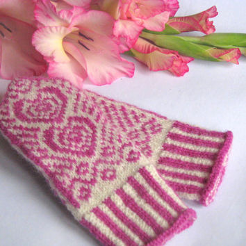 Valentine mittens for a little girl,  Hand knitted wool mittens, latvian mittens, knitted patterned mittens, knitted wool gloves, arm warmer