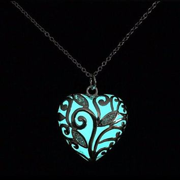 Heart Shaped Glow in the Dark Necklace