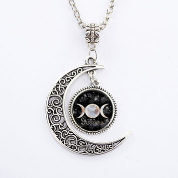 Black Triple Moon Goddess Pendant Pentacle Planet Necklace Wiccan Jewelry Glass Dome Silver Chain Hollow Pattern Necklaces