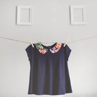 floral peter pan collar top.