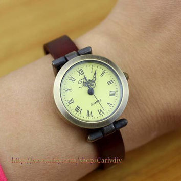 Simple Roman ladies leather watches, leather watches, men's watch, women wrist watch, rivet watches,