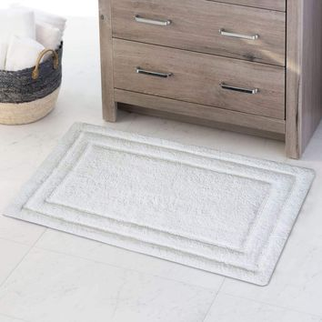Benzara CHB015-9 Classic 2 Pc Bath Rug Set