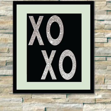 Xoxo, glitter printable art, perfect for decoration, silver, shine - beautiful, black white, office decor, glamour poster art, silver XOXO