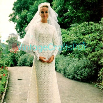 1960s Flower Wedding Dress-Vintage Crochet Pattern-DIY Wedding-Flower Loom-Green Wedding-Gorgeous Wedding Dress and Train-Vintage Crafts PDF
