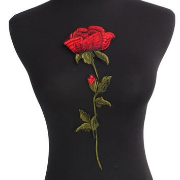 Top Quality Rose Flower Patches Iron on Red Embroidered Patch Motif Applique Women DIY Stickers For Jacket Clothes Jeans