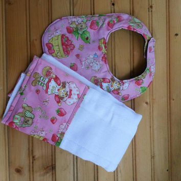 Strawberry shortcake bib and burp cloth set