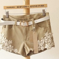 A 071914 Floral pearl ornaments with Belt Women Shorts
