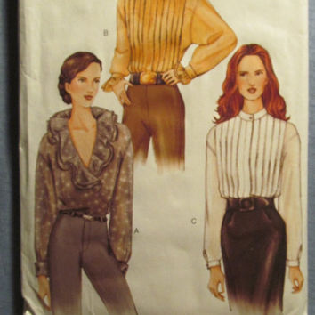 SALE Uncut Vogue Sewing Pattern, 7507! Women's/Misses/Medium/Large/XL/14-16-18/Loose Fitting Blouses/Ruffled/Dropped Shoulders/Pleated tops