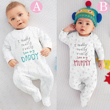 2017 new style  baby boy girl clothes Long sleeve baby romper Letter I love mummy & daddy newborn clothes infant