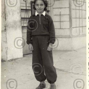 Digital Download, Vintage 1940s Photo, Black & White Girl with headband Photo, Tel-Aviv street, Vernacular Photo, Printable Photo, Snapshot