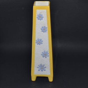 Mod Vase Yellow with Blue Daisy Flowers on White Incised LENA Retro Mod Tall Tapered Footed Pillar